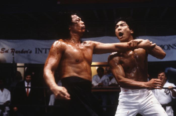DRAGON: THE BRUCE LEE STORY, from left: John Cheung, Jason Scott Lee, 1993, © Universal